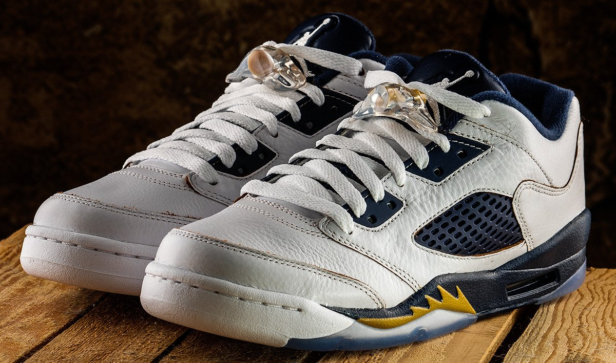 Nike Air Jordan 5 Retro  bc4732cca7