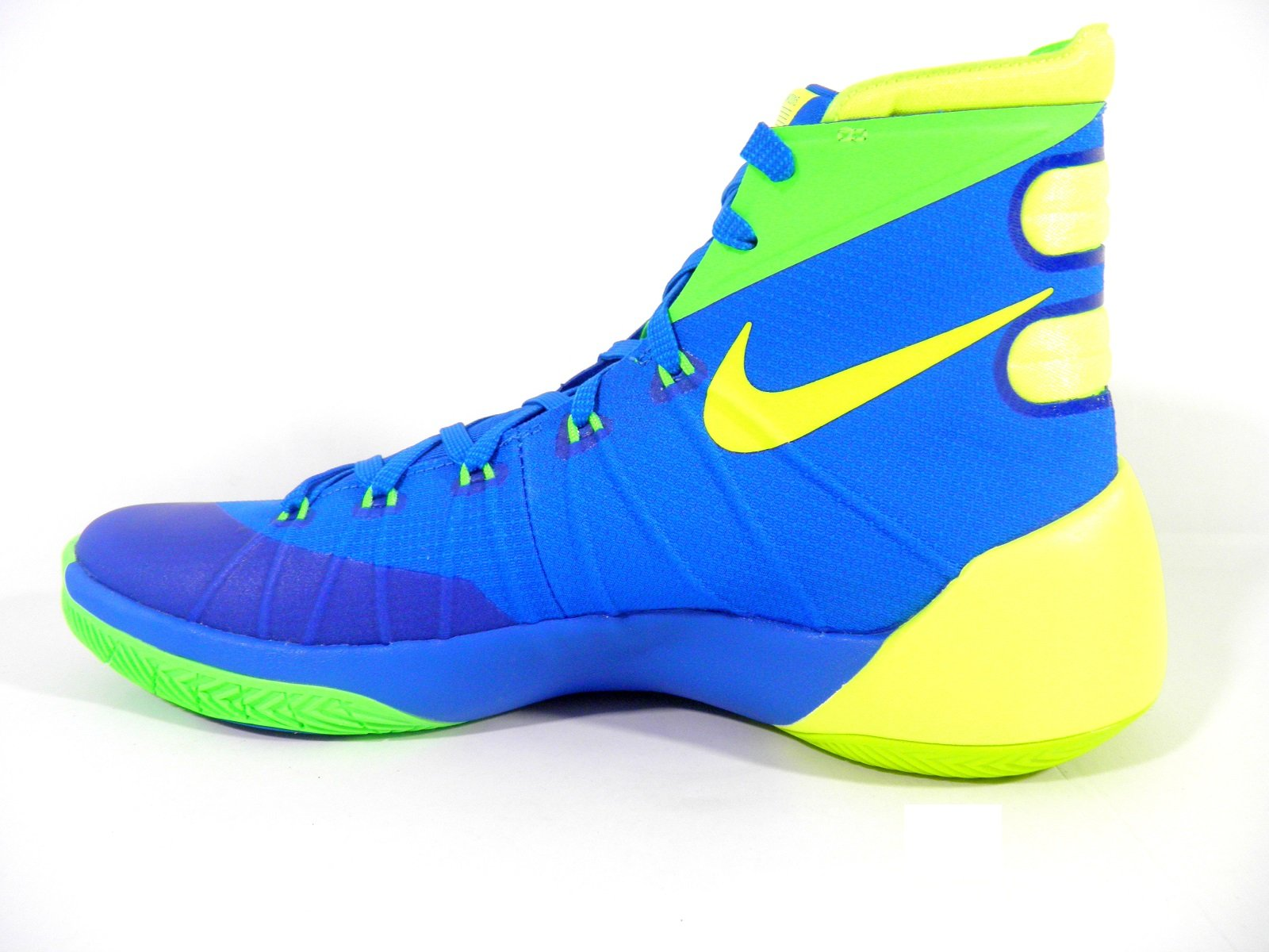 basketball hyperdunk shoes