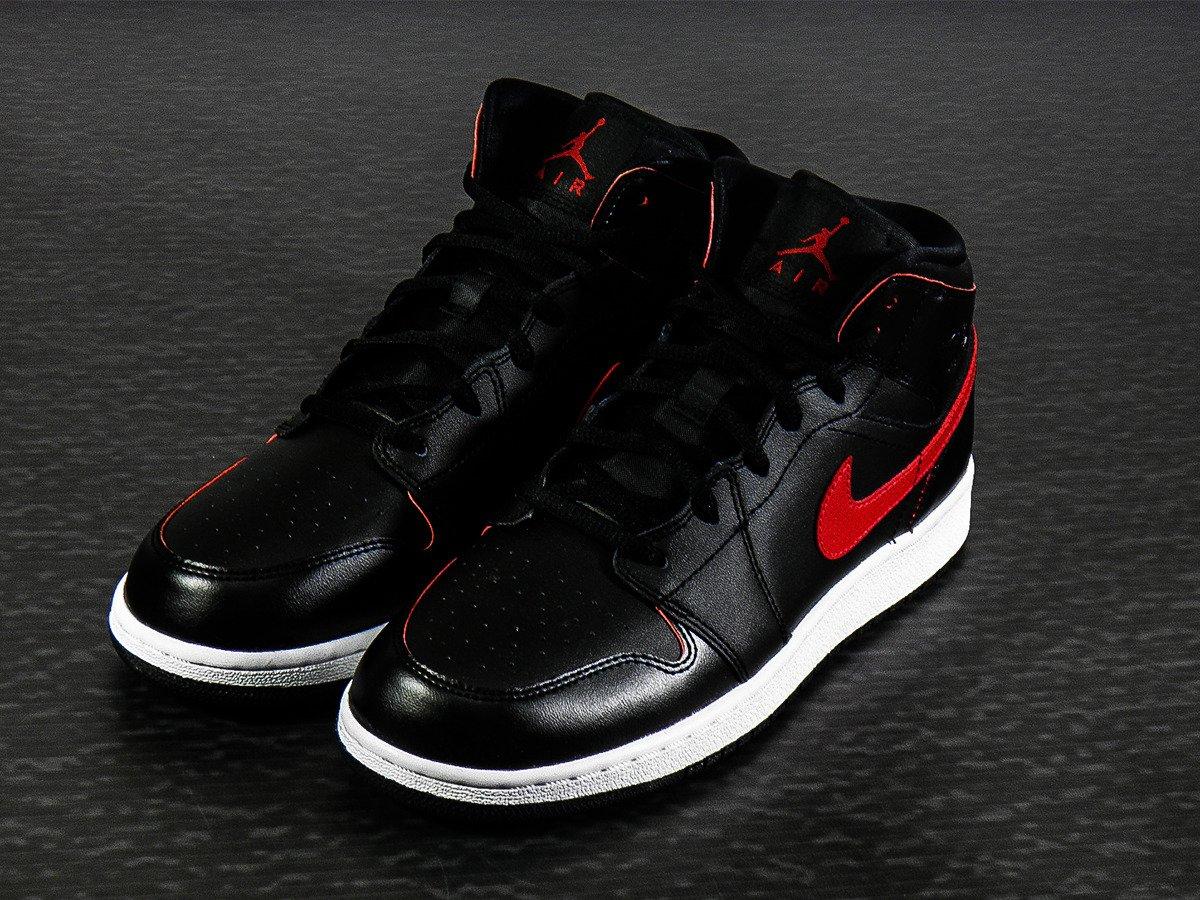 air jordan 1 mid shoes 554725 009 basketball shoes casual shoes sklep koszykarski. Black Bedroom Furniture Sets. Home Design Ideas
