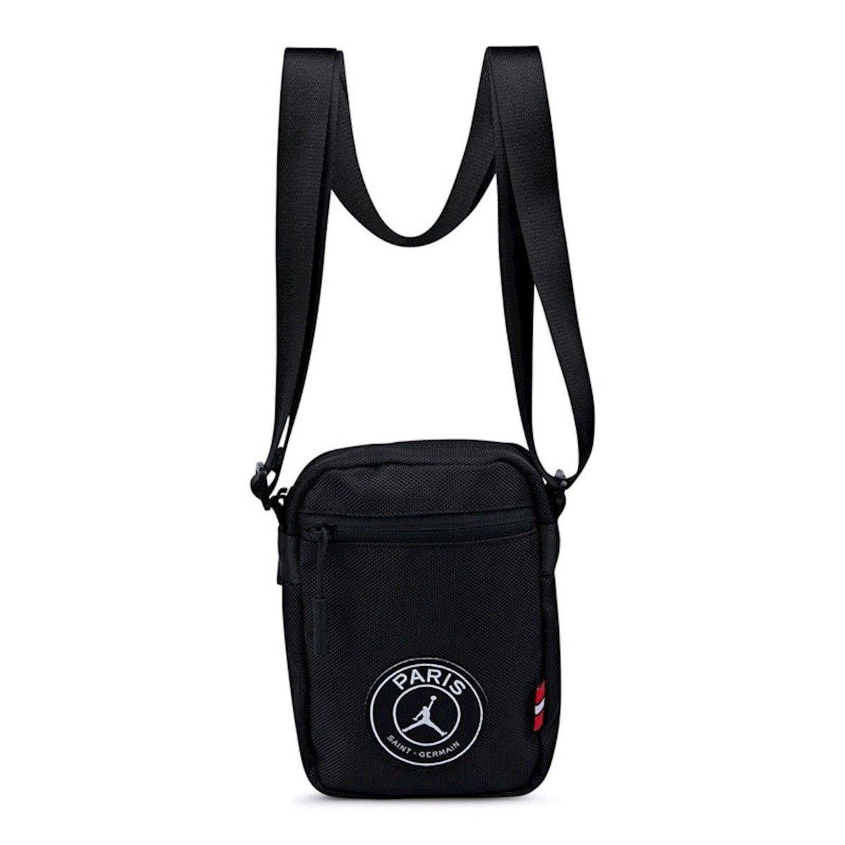 5189ab9f7b5 Air Jordan Paris Saint-Germain Sportsbag - 9A0261-023   Accessories \  Accessories And Basketball Equipment \ Bags And Backpakcs   Sklep  koszykarski Basketo. ...